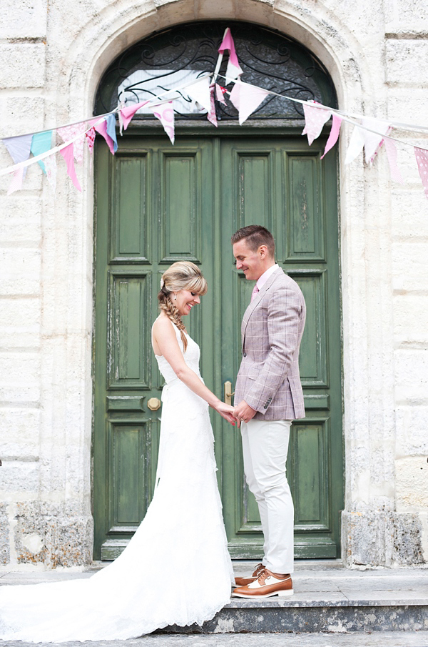 A Cymbeline Gown And Coral Pink Peonies For A DIY, Modern Vintage Wedding in France (Weddings )