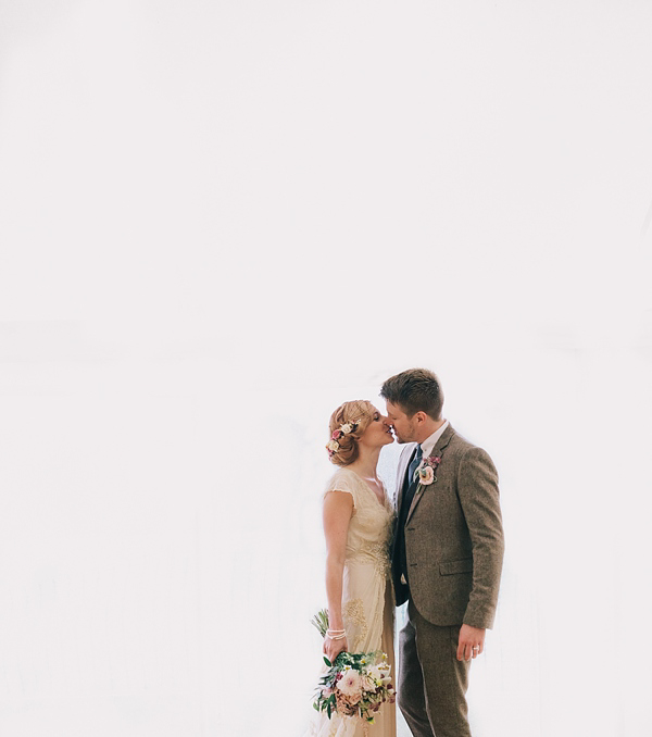 1920s inspired wedding, 1930s inspired wedding, antique wedding, vintage inspired wedding, Jane Bourvis wedding dress, rainy day wedding, Eclection Photography