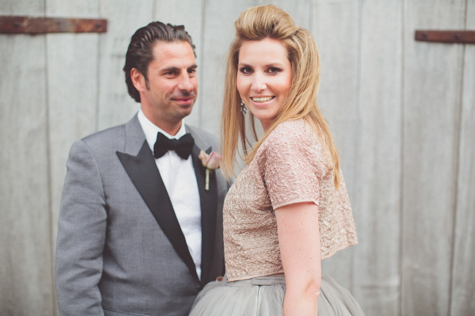 A Taupe Grey Vera Wang Gown for a Vintage Glamour Farm Wedding (Weddings )