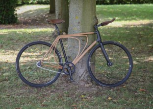 Wooden-bicycle_Niko-Schmutz_dezeen_1568_1