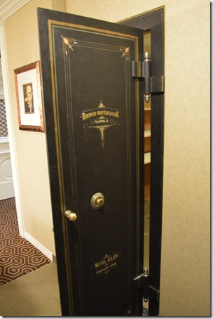 Capone Suite bank door
