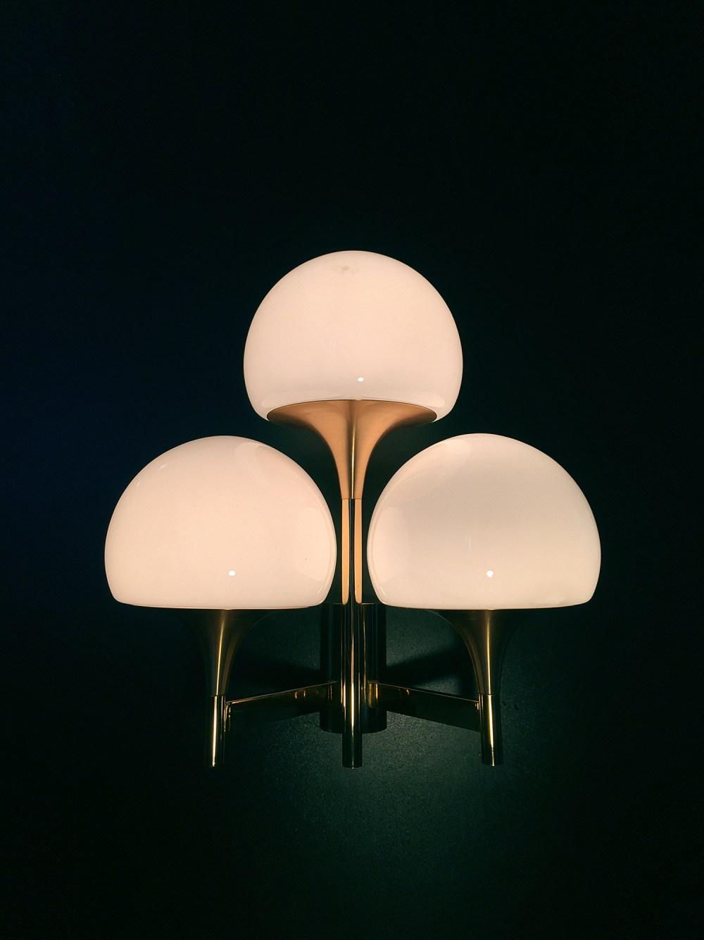 applique gaetano sciolari dorée et oplaines 3 feux en vente chez ltgmood.com galerie de luminaires vintage à paris