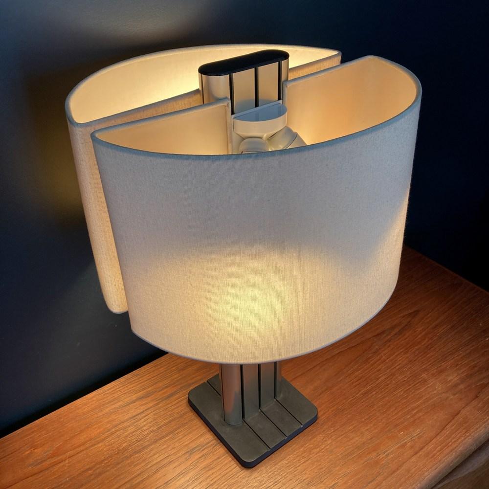Lampe Strigam par jean-pierre Vitrac pour verre lumière en 1983. Lampe vintage rare. luminaires, lampes vintage ltgmood.com
