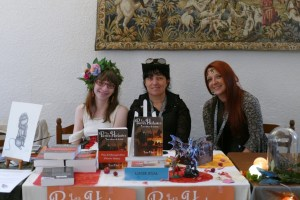 Anne ferrer , Lucie Dayl et Manon