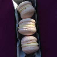 Strawberries & cream macarons - egg-free and nut-free.