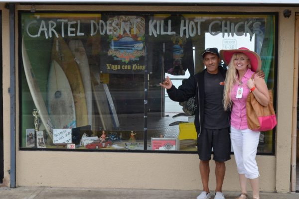 Couldn't resist a photo with the owner after reading the window!