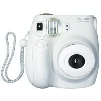 Quero uma câmera analógica instantânea. Qual escolho: Polaroid ou Fuji Instax?