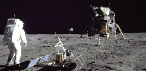 Edwin Aldrin na Lua, fotografado por Neil Armstrong.
