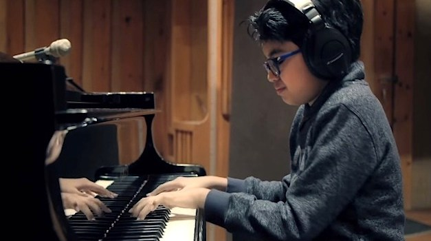 This 11-Year Old Plays Jazz Like a Seasoned Pianist & Inspires the Internet
