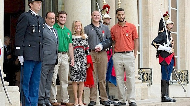 U.S. Soldiers Who Tackled Terrorist on Train Receive France's Highest Honor