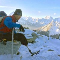 Amputee Veteran Makes History, Climbs Mount Everest With Prosthetic Leg