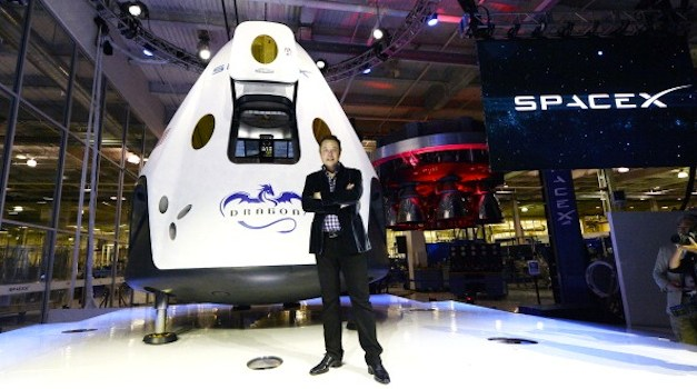 Elon Musk Announces SpaceX Will Send People To Mars By 2024