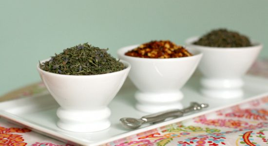 Dried-herbs-in-bowls-583x388