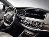 2015-Mercedes-Benz-S600-V12-7