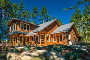 Luxury Lives At Sitka Cove On Gabriola