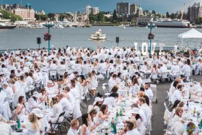 2016 Le Dîner en Blanc Video & Photos