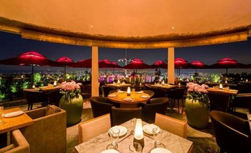 Cê LA VI Restaurant Indoor