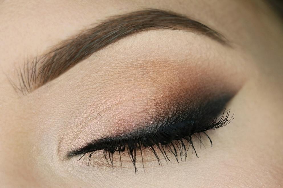 Tutorial: Peachless Smoky Eye, LVBX Magazine