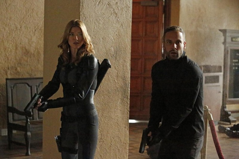 agents-of-shield-what-they-become-morse-and-hunter