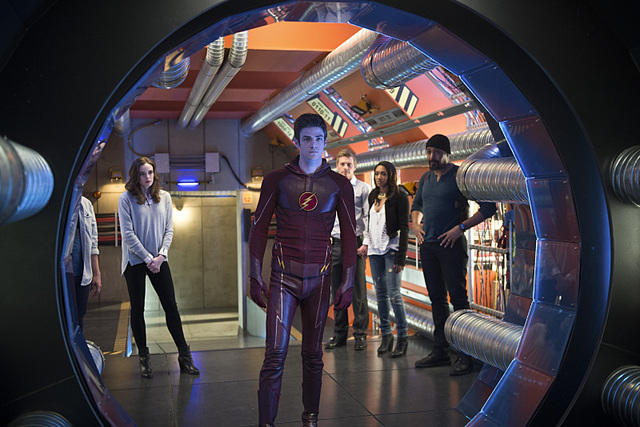 the-flash-fast-enough-cisco, caitlin, barry, iris, eddie and joe