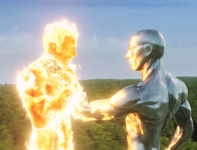 Fantastic 4 Rise of the Silver Surfer - Human Torch and Silver Surfer