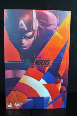 hot-toys-captain-america-age-of-ultron-figure-front-package