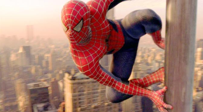 spider-man-movie-2002-spider-man-on-pole