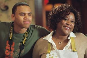 this-christmas-chris-brown-and-loretta-devine