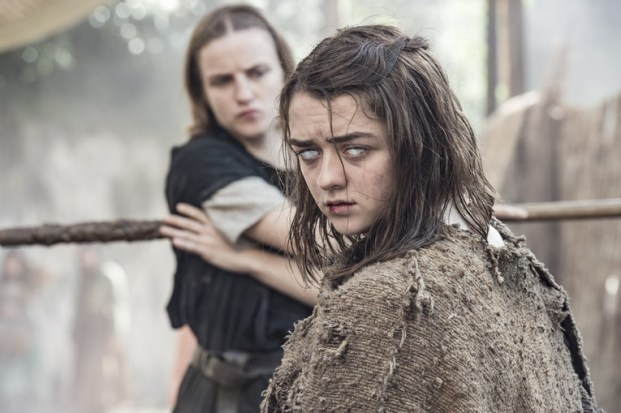game of thrones the red woman - the waif and arya stark