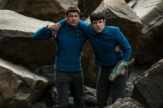 Star Trek Beyond -Spock and Bones-min