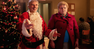 Bad Santa 2 trailer shows Billy Bob Thornton still has tricks up his stocking
