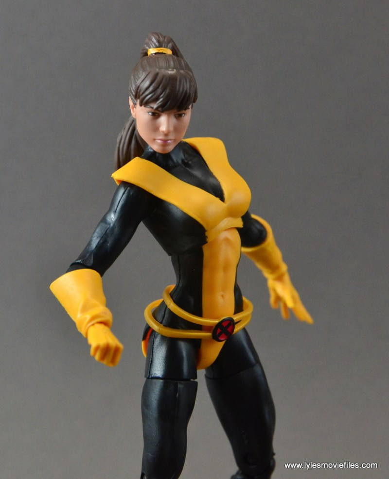 marvel-legends-kitty-pryde-figure-review-pivoting