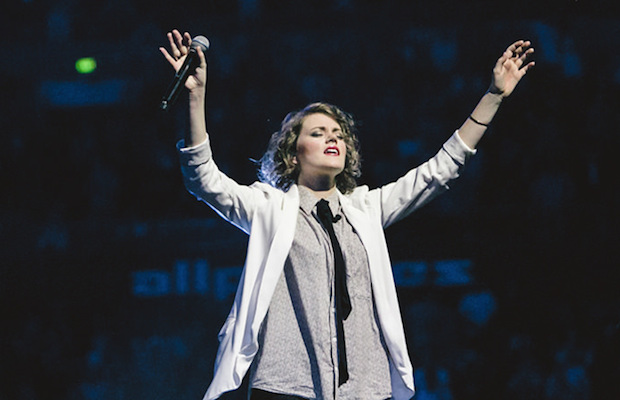 Hillsong United – Gloria In Excelsis Deo