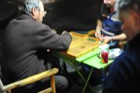 Playing backgammon