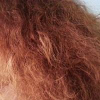 De oplossing tegen poreus en droog haar door gebruik van haarverf