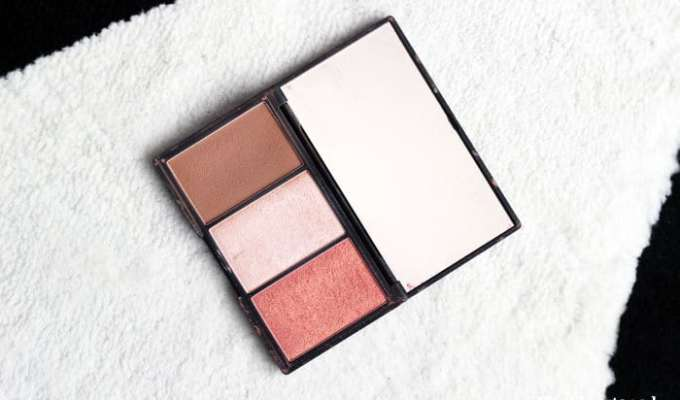 W7 The Cheeky Trio & Sleek Face Form: 'contouring light'