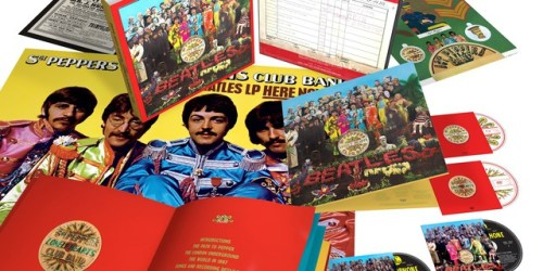 rs12_the_beatles_sgt_pepper_6_disc_3d_product_shot_white_background-1