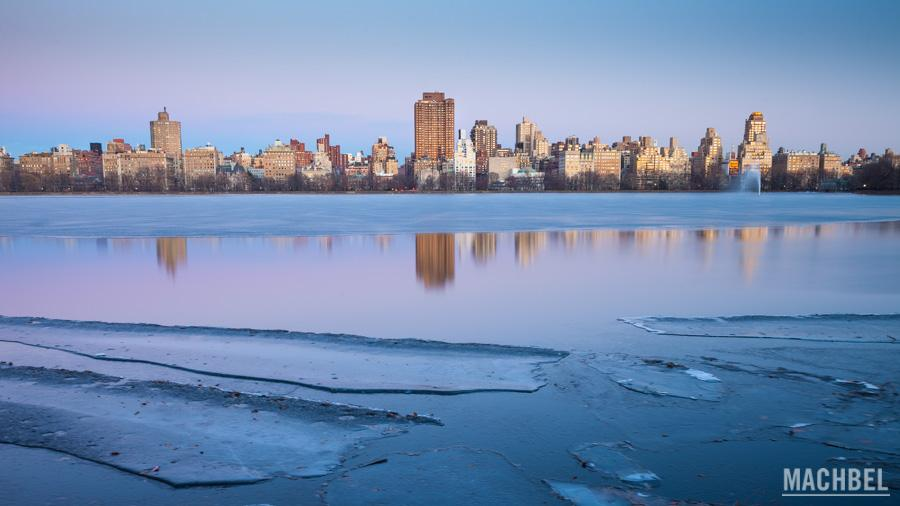 Lago Jaqueline Onassis congelado