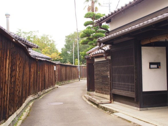 PA050018 近江商人の築いた町,五個荘 / Gokasho, attractive Japanese traditional architectures