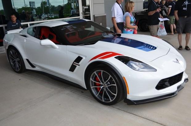 WHITE 2014 Chevy Corvette C7 Stingray