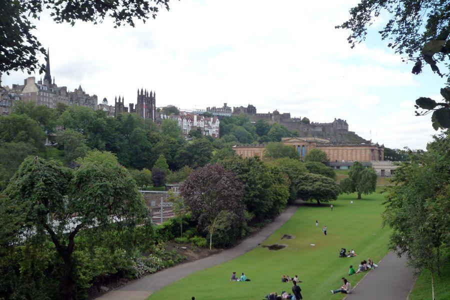 Princes Gardens, Edimburgo