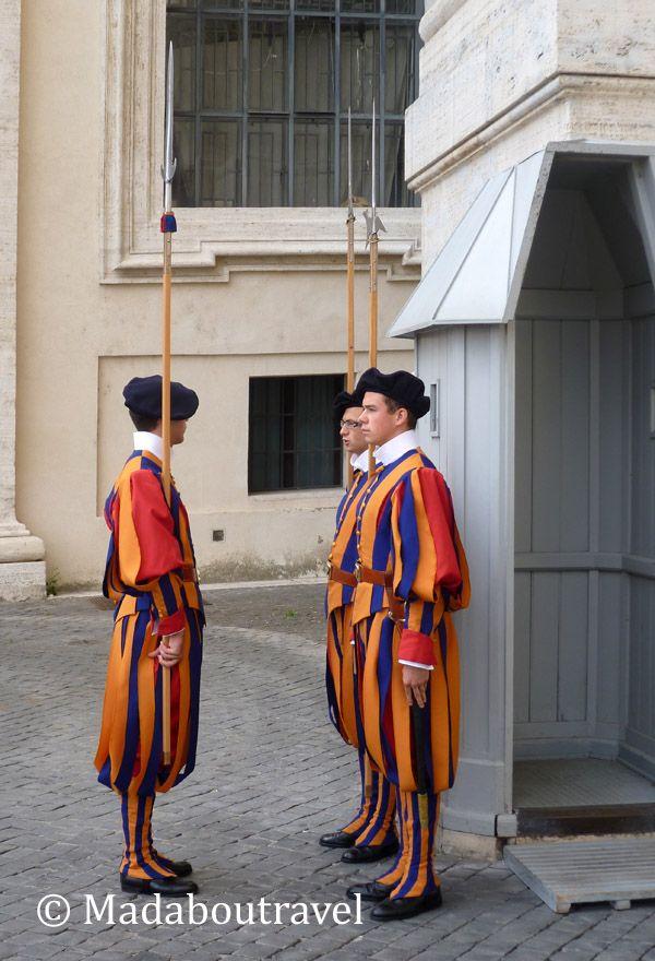 Cambio de la guardia en Ciudad del Vaticano