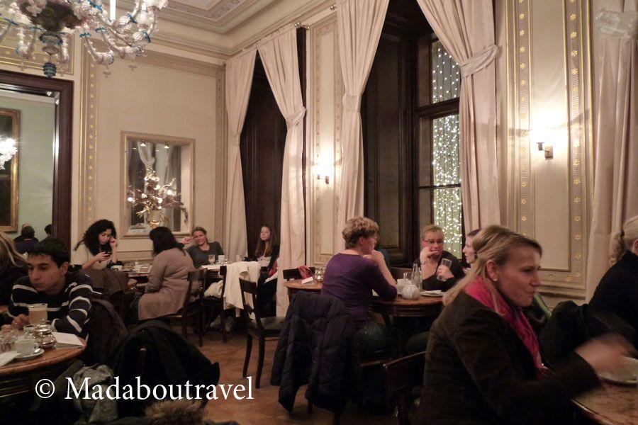 Interior del aristocrático Café Demel, Viena