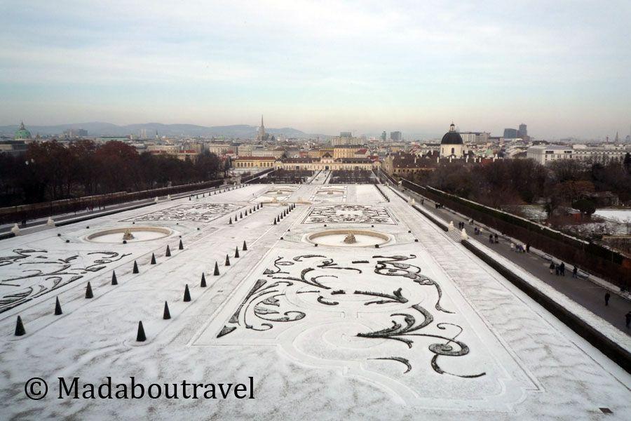 Jardines del Belvedere nevados