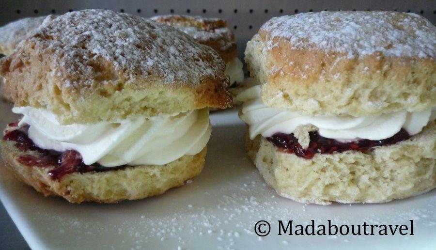 Scones con mermelada y nata en la Victorian Kitchen del castillo de Glamis