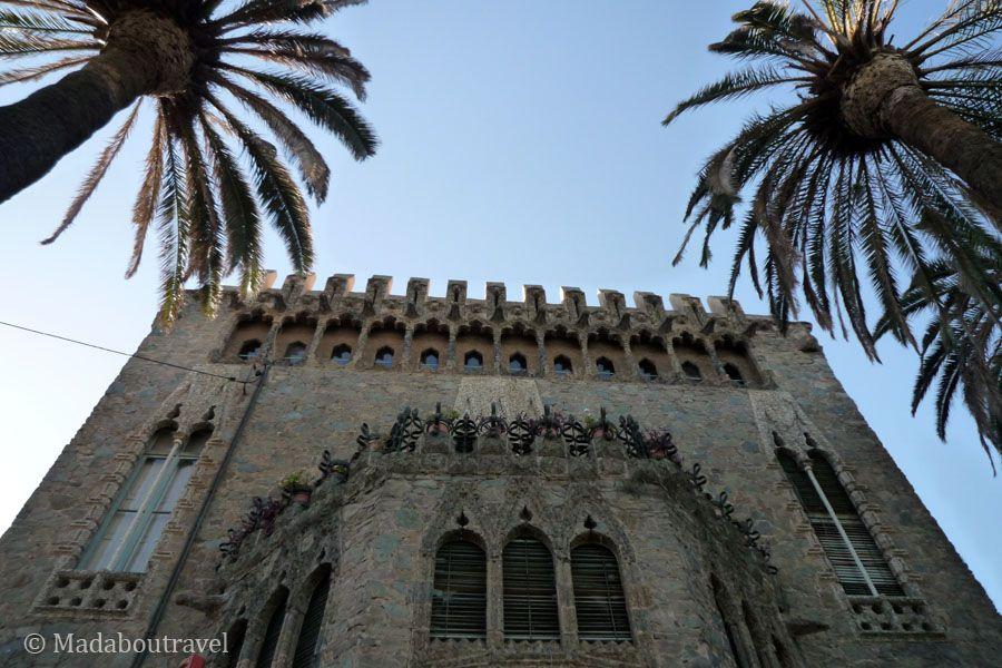Fachada lateral de la torre Bellesguard