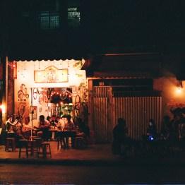 A Night Out Around Saigon Mai 61250010