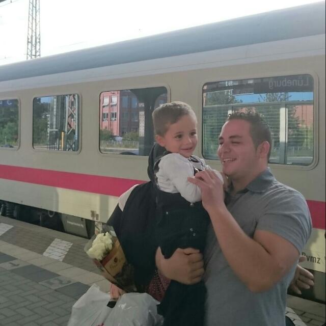 Familie am Lüneburger Bahnhof