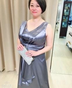 台北媽媽禮服,大尺碼,亮銀灰,緞面,水鑽線條,晚禮服
