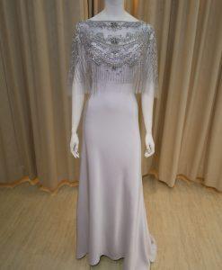 銀色,灰色,緞面,亮鑽,珠工,寬領,長禮服,媽媽禮服,婆婆禮服,主婚人,台北媽媽禮服, ,媽媽裝禮服,媽媽宴客禮服,媽媽晚宴服